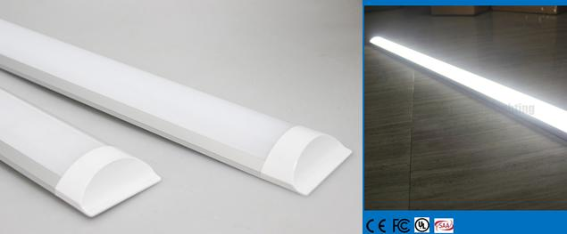 Led hranový panel 36W 152 cm