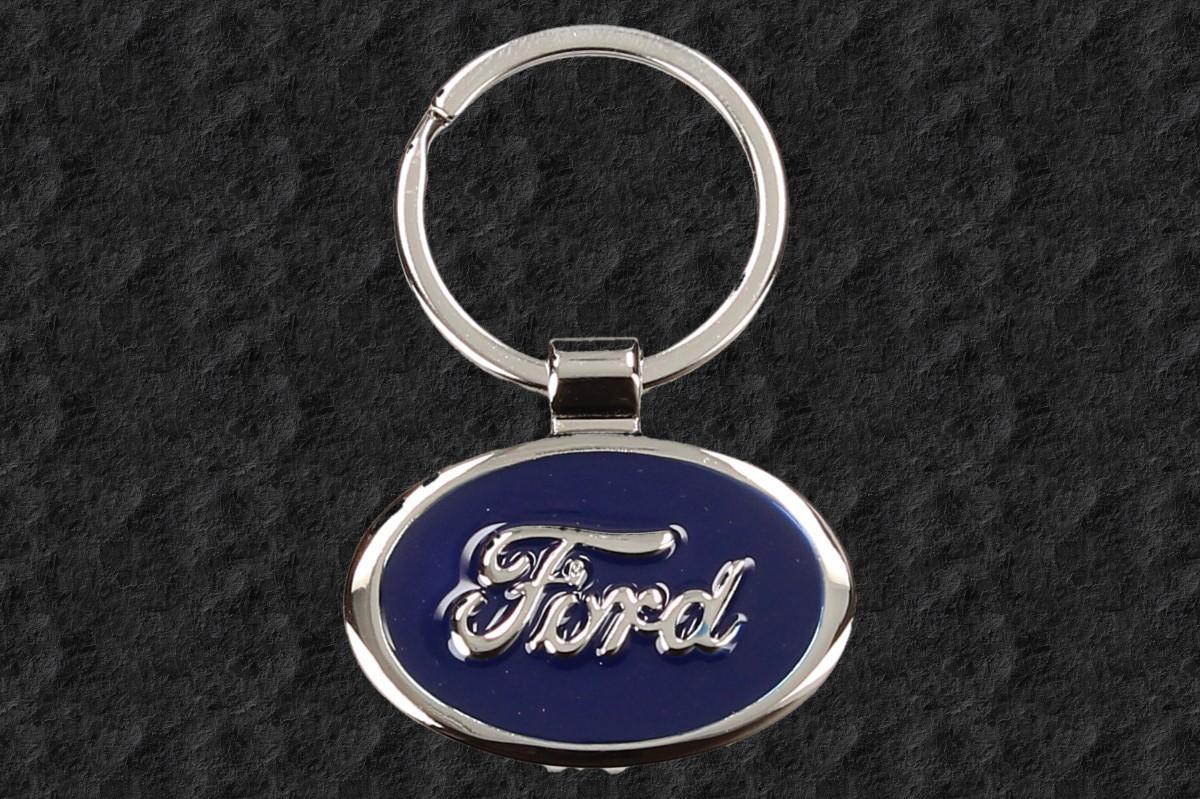 Foto 1 - Klíčenka FORD chromovaná o průměru 3,5 cm je ideální volbou pro auto klíče od vašeho automobilu