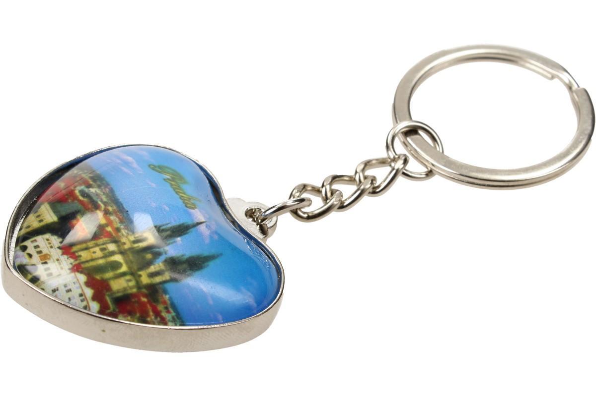 Foto 1 - Klíčenka srdce Týnský chrám - Originální a zajímavá ozdoba na klíče, batoh nebo kabelku. Ideální dárek pro rodinu, přátele, turisty i milovníky Prahy. Přívěšek ve tvaru srdce.
