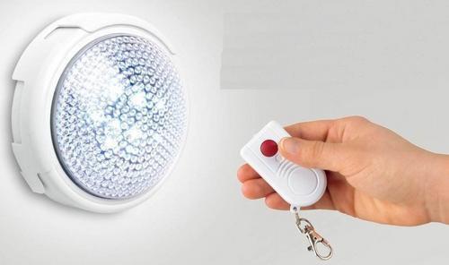 Foto 1 - LED dotykové svítidlo na dálkové ovládání - Led dotykové světlo zapnete jednoduchým stlačením nebo pomocí dálkového ovladače. Hodí se pod stan, na ryby nebo na noční stolek pro děti!