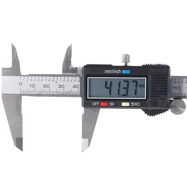 Foto 1 - Digitální posuvné měřidlo ŠUPLERA 0-150 mm. Potřebujete brýle když měříte? Šuplera s digitálním displayem!