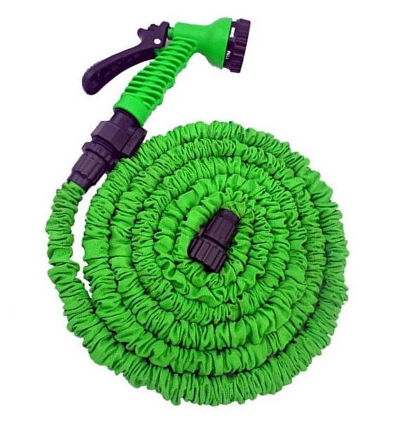 Foto 1 - Velmi lehká a odolná smršťovací zahradní hadice s rozprašovačem s přehledem nahradí všechny těžké a neforemné zahradní hadice, které se zamotávají a lámou.