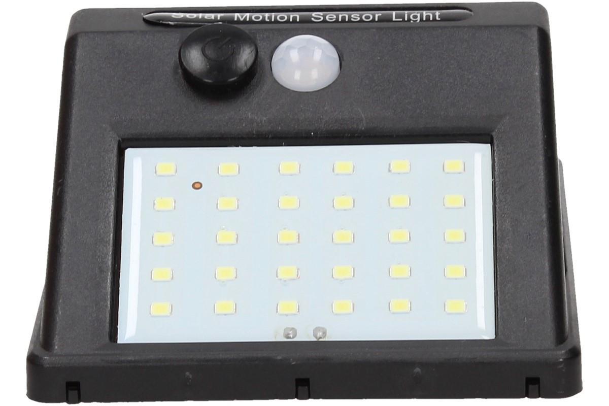 Foto 1 - Solární světlo s pohybovým čidlem SL88 - díky automatické spínání a solárnímu napájení vám vždy zajistí světlo. Už nemusíte hledat po tmě vypínač!
