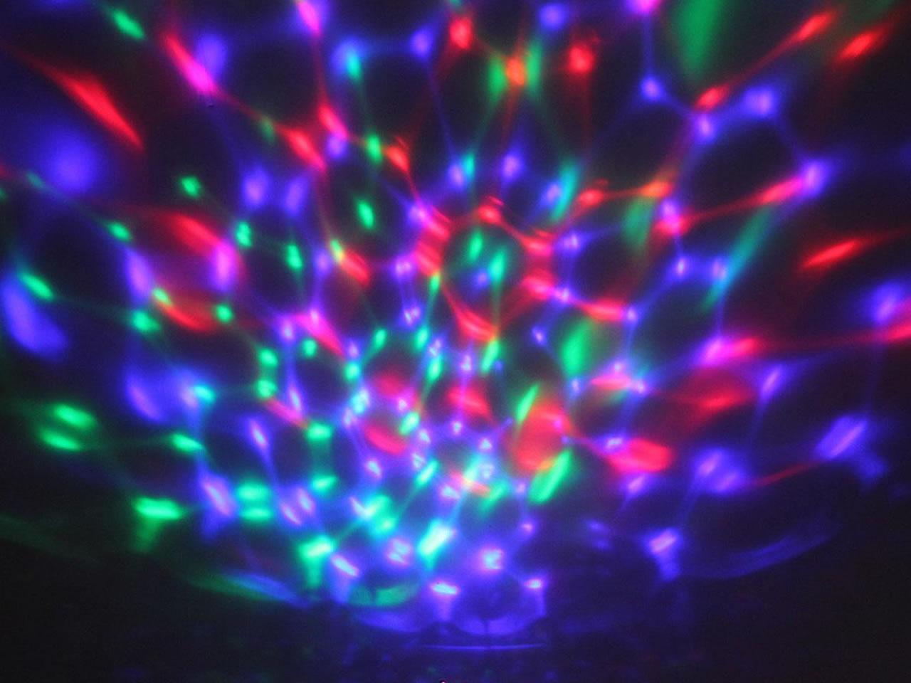 Foto 19 - Rotační nabíjecí projektor hvězdné oblohy s lampou 3v1